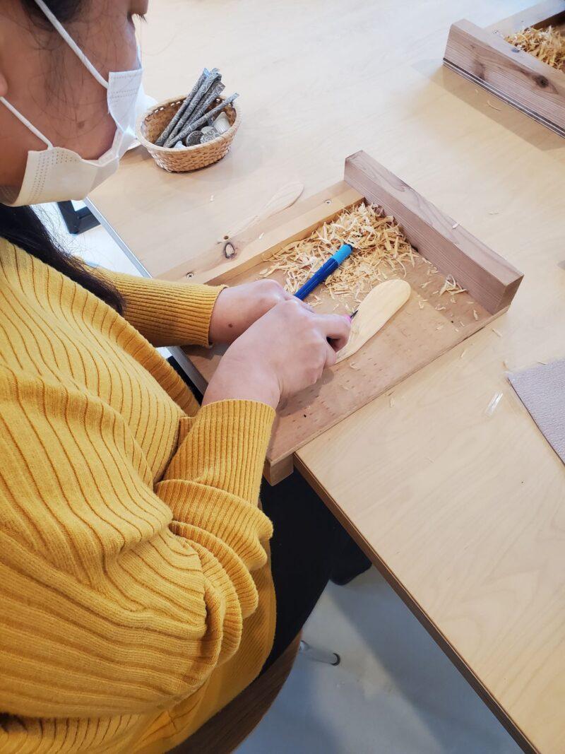 イベント報告*【パークヨガ&木工体験〜バターナイフ作り〜】in 浜松市西区入政建築さま